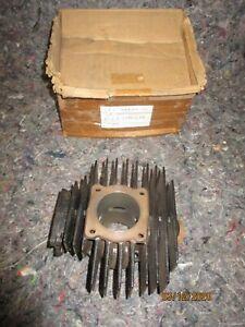 cylindre neuf et d'origine pour YAMAHA 80 LB CHAPPY  référence 4F7-11311-00