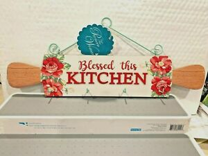 THE PIONEER WOMAN ROLLING PIN VINTAGE FLORAL DESIGN SIGN WITH HOOKS HTF