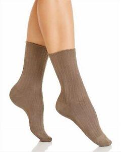 Hue Women's Scalloped Pointelle Socks Seal