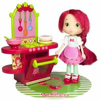 Scented Strawberry Shortcake Doll & Kitchen Café Suitable for ages 3+