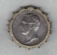 1841 PRINCE ALBERT SILVER COLOURED MEDAL BROOCH VERY FINE OR BETTER CONDITION.