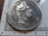 H13101 SANS LE I 5 francs louis philippe 1830D lyon la plus rare 77700ex usée