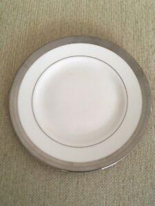 "Wedgwood Vera Wang Tiara 8.5"" Side Plate - New"