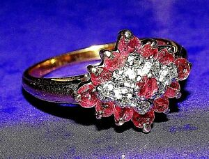 STUNNING SECONDHAND 9ct YELLOW GOLD DIAMOND & RUBY CLUSTER RING SIZE N1/2