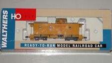 WALTHERS 932-7541 CA-1 WOOD CABOOSE UNION PACIFIC (YELLOW) UP 2668
