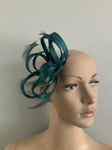NEW teal green Satin Comb Fascinator Wedding Ladies Race Day fashion Accessories
