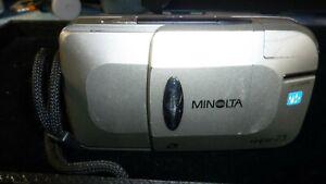 Minolta Vectis 25 RARE Compact Film Camera 30-75mm Zoom
