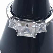 9 Ct White Gold Ring Three CZ Stones Ornate Shoulders Size L