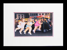 Beryl Cook Girls in a Taxi. Framed Print