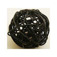 1 boule en rotin noir diamètre 10 cm. Décoration de salle.