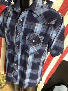 Used Wrangler Navy Blue PLAID pearl snap Western Short Sleeve SHIRT Mens L Large