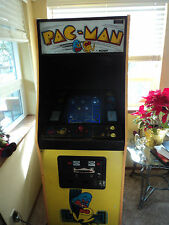PACMAN ARCADE VIDEO GAME 25.CENTS,ORIGINAL 1980 GAME  WORKS GREAT! $599.99