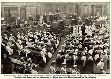 Verteilung von Broschen an 200 Helferinnen des Roten Kreuzes * Bilddokument 1914