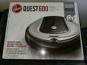 NEW, HOOVER QUEST 600 ROBOT VACUUM, BLUETOOTH CONNECTED, missing battery