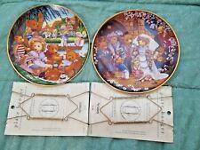 "2  Collector plates ""A TEDDY BEAR PICNIC"" ""A TEDDY BEAR WEDDING"" ""w/hangers"