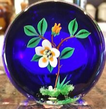 Limited Edition 29/150 William Manson flower Paperweight, Signed Dated 1998 2.5T