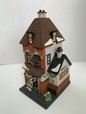 Department 56 Christmas in the City Series Potter's Tea Seller #5880-7