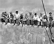 New York. Lunch atop a Skyscraper. Photograph taken in 1932 by Charles C. Ebbets