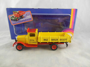 Scarce Siku 2521 White Dropside Truck in Yellow Holz Kohlen Brikett