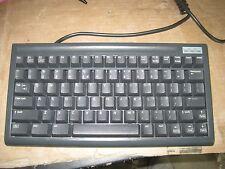 BTC 5100C DIN 5 Pin Mini Compact Keyboard Lot Q177