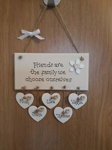 PERSONALISED FAMILY FRIENDS GIFT PLAQUE HANGING HEART SIGN