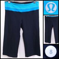 Lululemon Groove Blue Cropped Yoga Shorts Size 8 Athletic Run Reversible Pants
