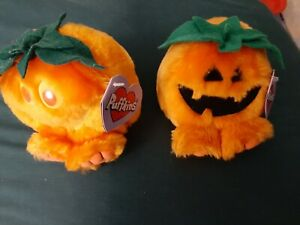 VINTAGE HALLOWEEN THEMED PUFFKINS 1997 GOURDY & 1999 JACK PUMPKINS TOYS LOT OF 2