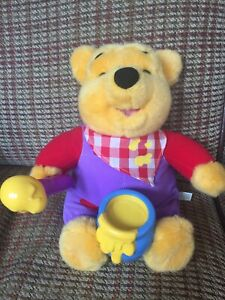 WINNIE THE POOH SPEAKING WRIGGLING HONEY POT HUNDRED ACRE WOOD