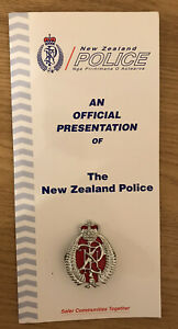 NZ Police - Collector Card, Patch and Badge