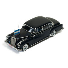 IXO clc187 Mercedes Benz 300D Limousine 1957 Black Scale 1:43 NEW! °