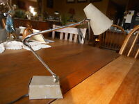 Small Vintage Mid-Century Modern Tensor  Hi-Intensity Desk Lamp Works