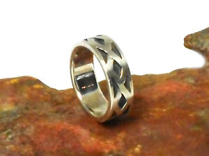 Unisex  STERLING  SILVER  925  Ring  -  Size  N  -  Gift  Boxed!