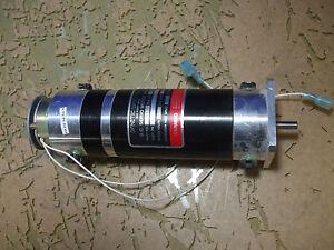 Dynetic system DC servo motor tach w/ brake 48V 3.1A 220139 [15-F.5]