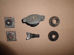 Bouchon radiateur eau + silentbloc + clips SUZUKI VITARA essence 1988 a 2000