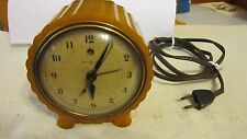 "Vintage Art Deco Catalin Bakelite Case ""Julep"" Model 7H80 GE Table Top  Clock"