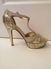 BRAND NEW GUESS WGHARLAN Metallic Gold Glitter Sling Back Sandals. SIZE 8.5M.