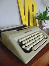 Retro olivetti Lettera 25 cream typewriter office industrial with carry case
