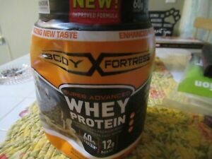 Body Fortress Super Advanced Whey Protein Powder Cookies N' Creme 2 Lb ex 10/21