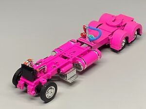 """1/64 DCP PARTS PINK 300"""" PETERBILT 359/379/389  CHASSIS W/ SHOW FENDERS"""
