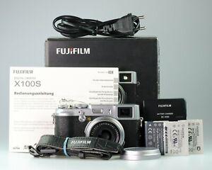 Fujifilm X100S 16.3MP Kompaktkamera - Silber >>>Gebrauchtware vom Fachhändler<<<
