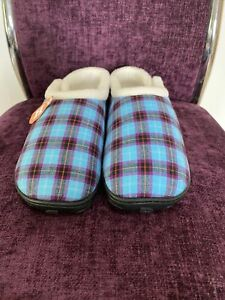 Homeys Ladies Slipper Size 3/4. Memory Foam