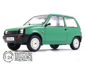 VAZ-1111 Oka Soviet City Car 1/24 Scale 1988 Year Collectible Diecast Model Car