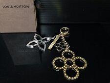 Auth Louis Vuitton Bijou De Sac Tapage Gold Tone Key Chain/Charm W/Box 6F080890S