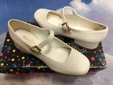 Miss Capezio Pearl White Heel Buckle Closure Mary Janes Dress Shoe Women Size 5M