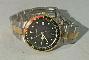 MENS PIERRE CARDIN DIVERS STYLE BLACK DIAL STAINLESS AND GOLD QUARTZ WATCH 1433
