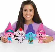 NEW OFFICIAL DREAMWORKS TROLLS 2 WORLD TOUR SMALL PLUSH TOYS WITH SOUNDS