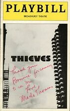 MARLO THOMAS Autographed Playbill - THIEVES