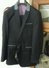One Button Patternless Wedding Suits & Tailoring for Men