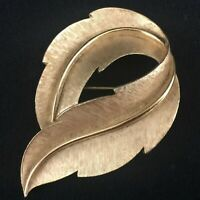 Vintage Brooch by Trifari Brushed Gold Tone Curled Leaf Pin Autumn Accessory