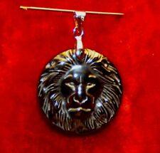 PENDENTIF TETE DE LION EN HEMATITE diamètre 2,5 cm - pierre polie - neuf
